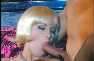 Hottie bermain dengan anak laki-laki xxx japanese solo dengan tubuh telanjang panas nya