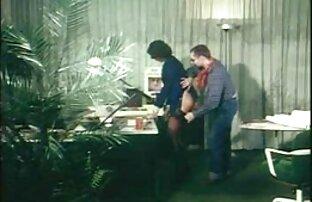 Nyonya menghadiahimu dengan shower emas. video xxx jepang full movie